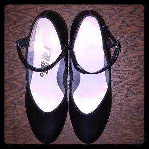 CAPEZIO 100% Leather black jazz/tap shoes- 6.5